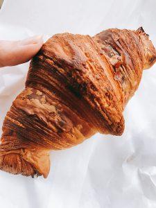 【府中グルメ】ル・プチモンド(Le Petit Monde)のパンが絶品すぎて毎週通ってしまう。