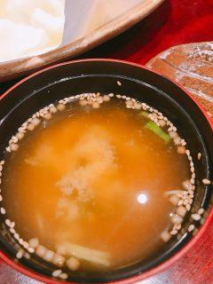 西府の焼き鳥屋さん「うん」の 〆のお味噌汁がめっちゃおいしい